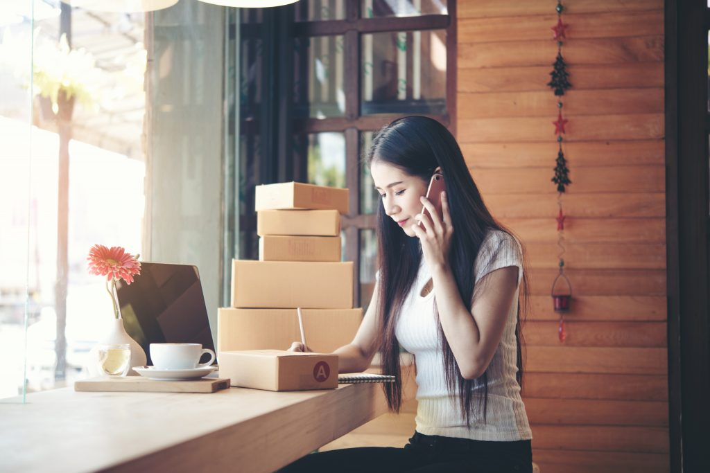 4 เหตุผลทีควรรู้ก่อนใช้บริการรับแพ็คสินค้า บริการรับฝากสินค้าเป็นบริการหนึ่งของ KTN รับฝากและจัดส่งสินค้า